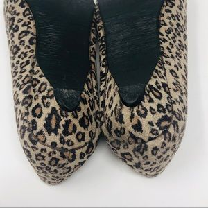 Tod's Shoes - Tods Womens Leopard Shoes Flats US 7 Kitten Heel